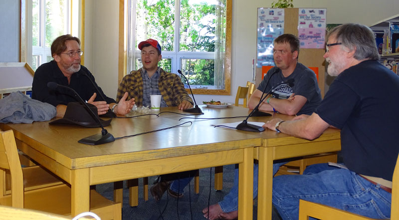 Steve Gedrose (right) in conversation with Mike Andes, Chris Sexton and Caleb Cox (from left to right)